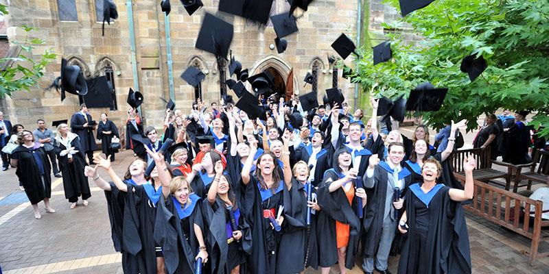 Avustralya'da Üniversite Akademiyed