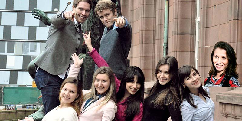 Rusya'da Üniversite Akademiyed
